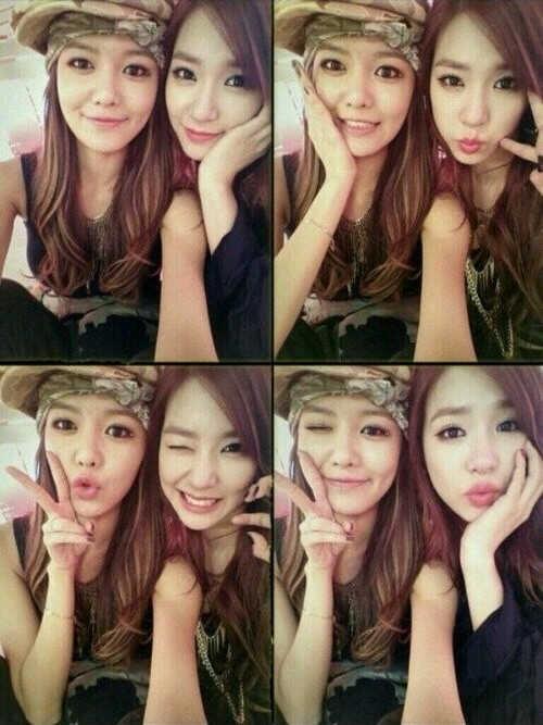 Tiffany and Sooyoung New Selca Photo!