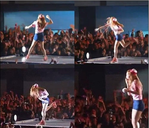 SNSD Taeyeon Accidently Hits a Fan with a Baseball during the Japan Concert!