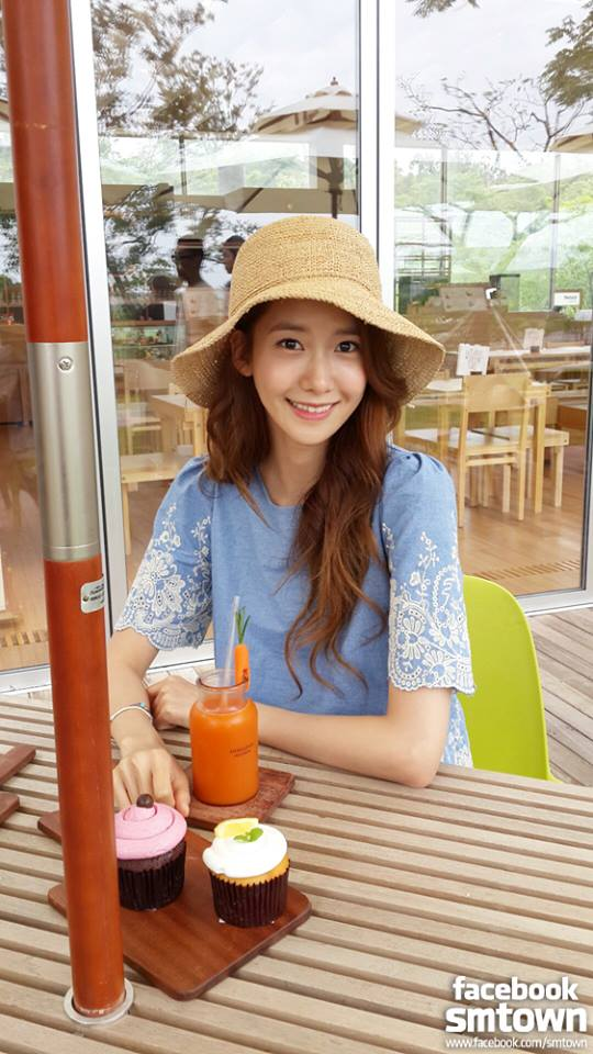 SNSD Yoona's BTS Photos from 'Innisfree' Filming!