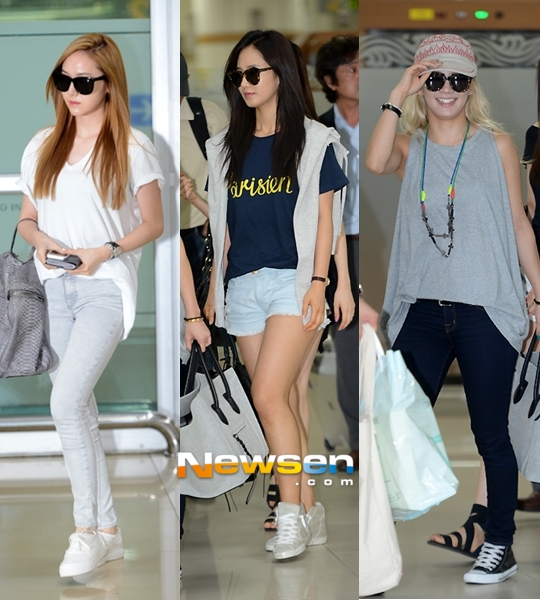 Girls`Generation's Photos in Gimpo Airport From Japan!