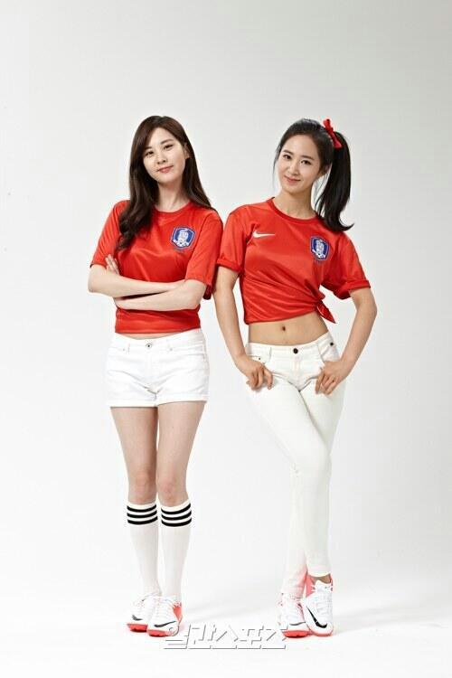 snsd seohyun yuri east asian cup (2)