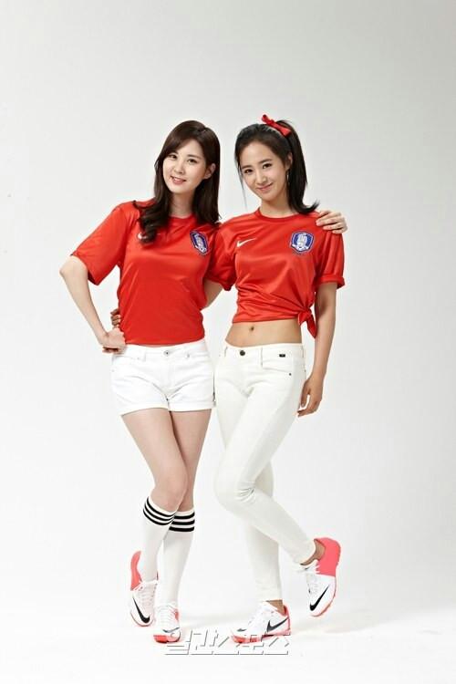 snsd seohyun yuri east asian cup (3)