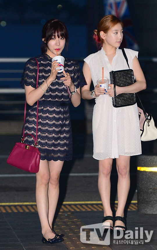 Girls`Generation's Taeyeon and Tiffany Going to L.A. for 'Korea Day Celebration'