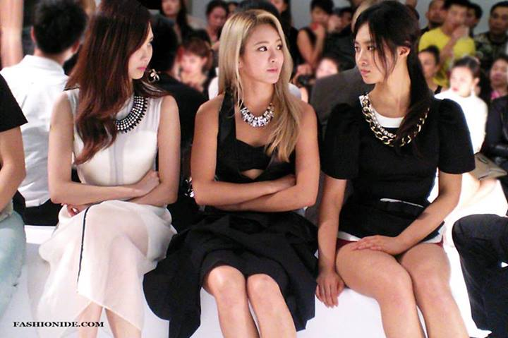 Girls`Generation's Hyoyeon, Yuri & Seohyun at Charles & Keith Opening Event in SG!