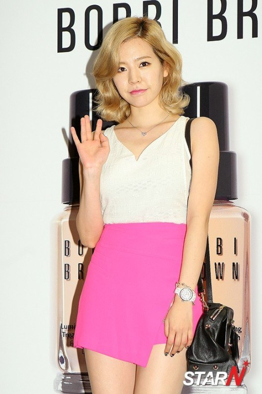 Girls`Generation's Sunny at Bobbi Brown's Event!