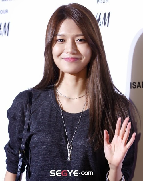 Girls`Generation's Sooyoung at Isabel Marant's Fashion Event!