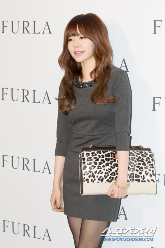 Girls`Generation's Sunny Attended FURLA's 2014 S/S Fashion Event!