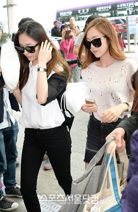 Girls`Generation's Jessica and f(x)'s Krystal Going to Los Angeles!