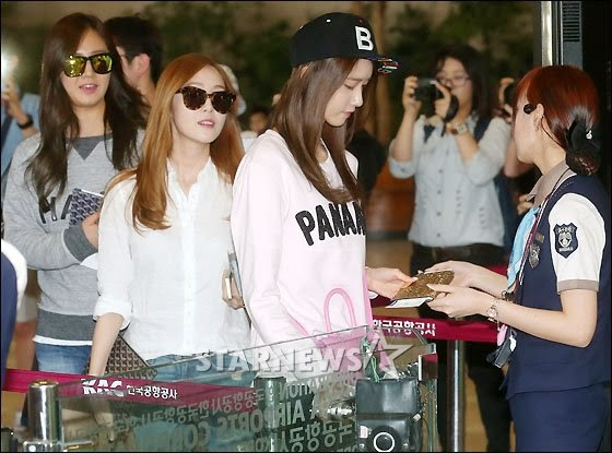 snsd airport pictures (36)
