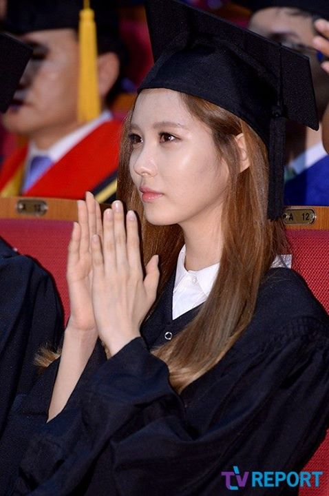 Girls`Generation Seohyun's Graduation from Dongguk University!